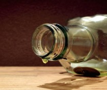 В Керчи четыре человека скончались, отравившись неизвестным веществом