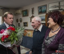 Семейная пара из Керчи отметила 60-летие совместной жизни