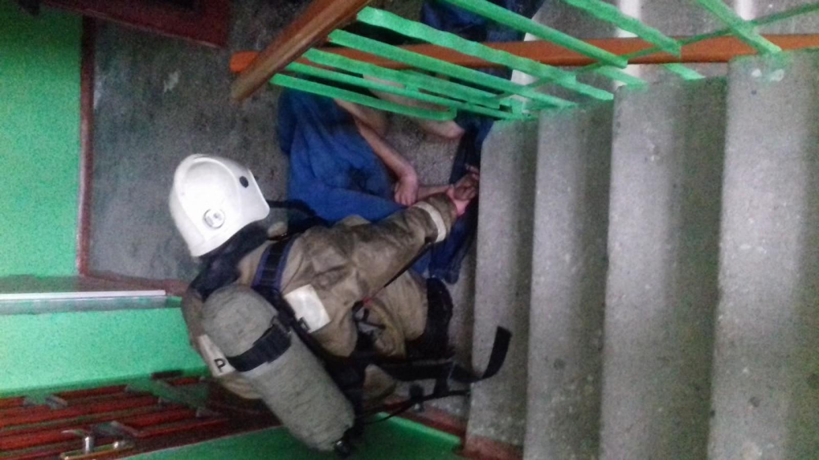 Фото новости - В Феодосии на пожаре спасли человека