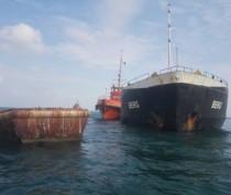 Угроза загрязнения Феодосийской бухты с аварийного судна «Берг» устранена (ФОТО)