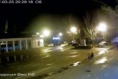 Феодосия. Веб-камера Феодосии - Привокзальная площадь 2