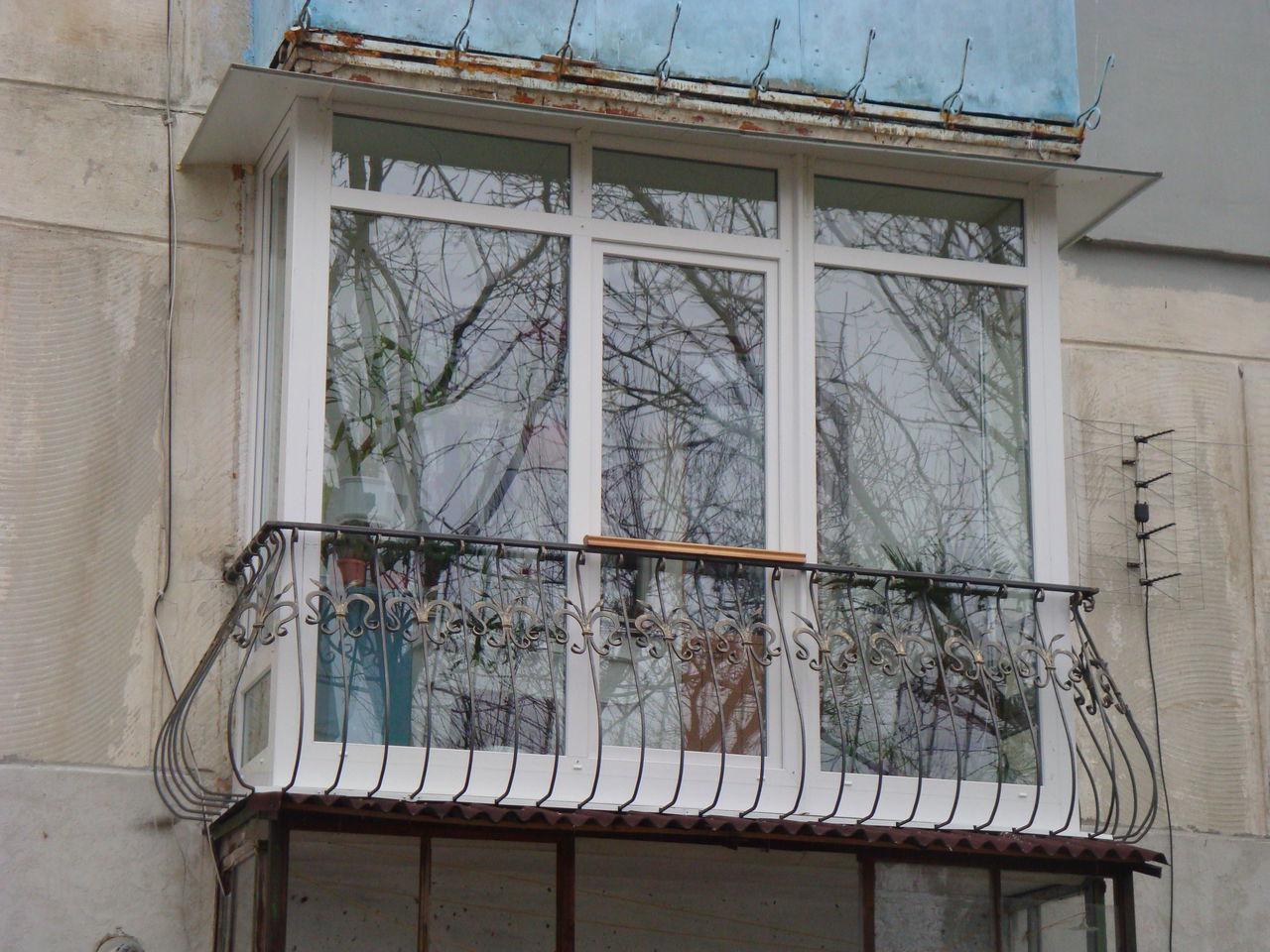 Балкон французский металлопластиковый