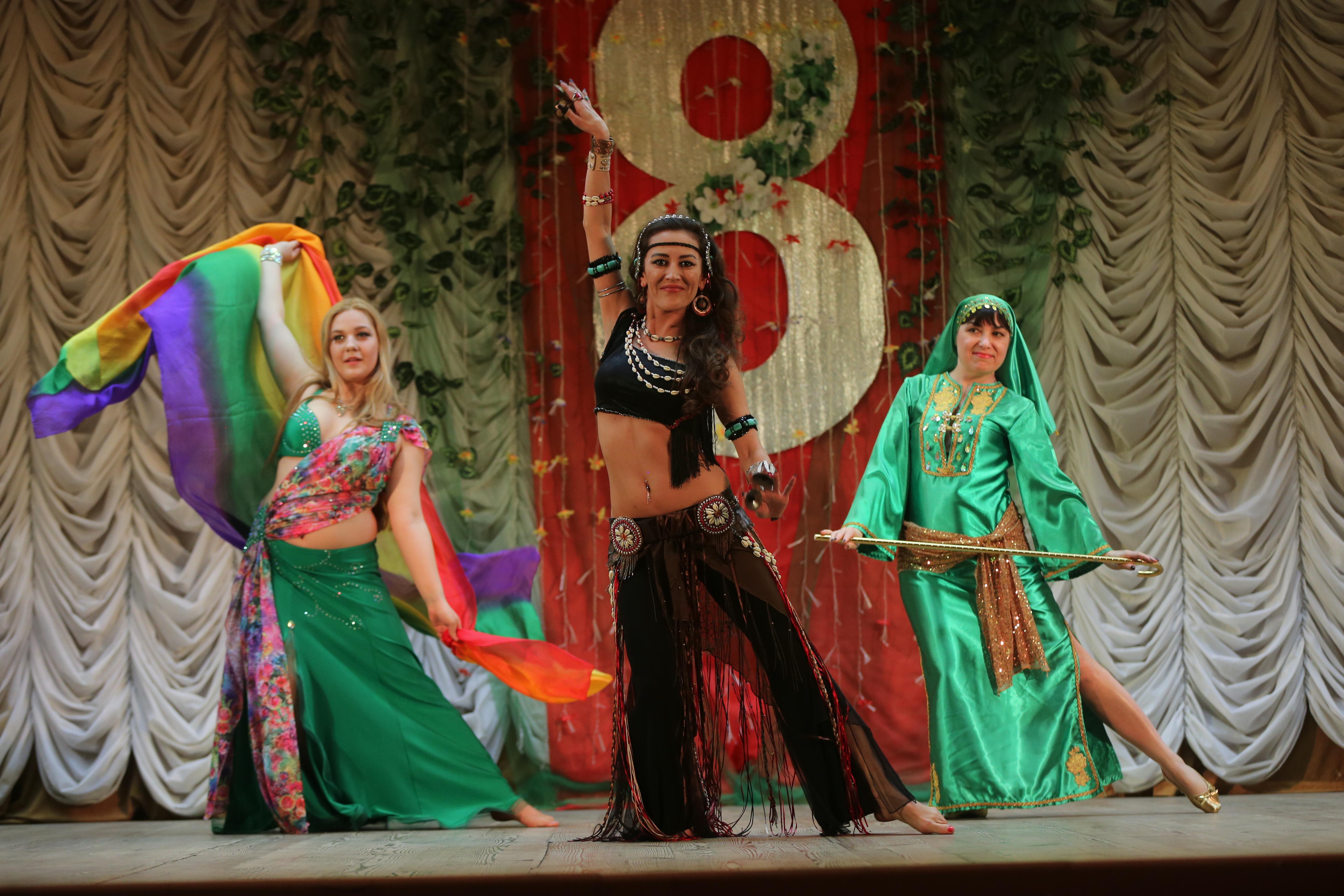 «Битт тамам» восточные танцы для взрослых без ограничения возраста (льготы для пенсионеров)